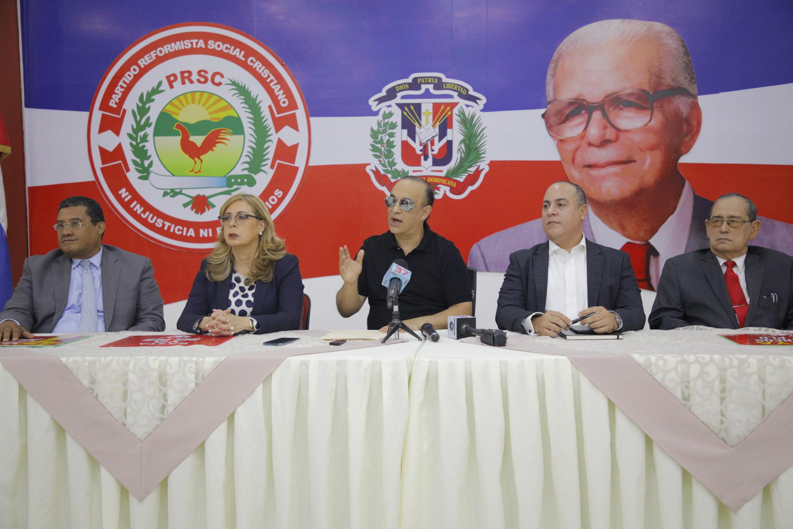 """Quique sugiere al nuevo gobierno encabezará Abinader tomar """"con firmeza"""" medidas para reactivar economía"""